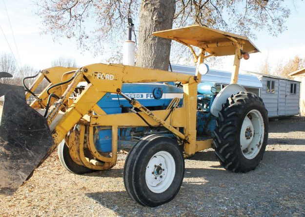 Gobert's Ford 2600 loader